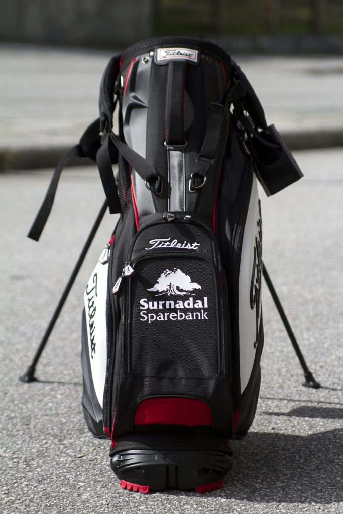 tekstiltrykk på golfbag
